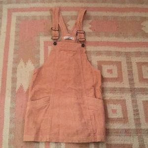 Pull & Bear pink overall pinafore dress 💕